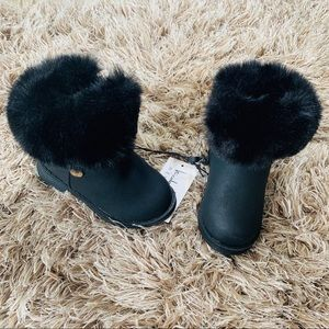 NWT Nicole Miller litttler girl boots with fur